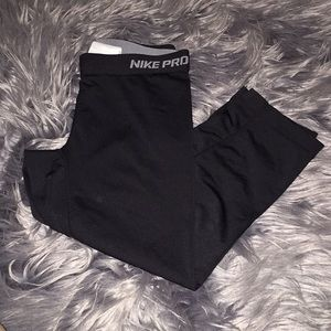 Nike dri-fit workout capri